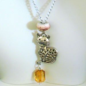 ❤️Cat Charm Necklace Silver Kitty Charm Amber Bead